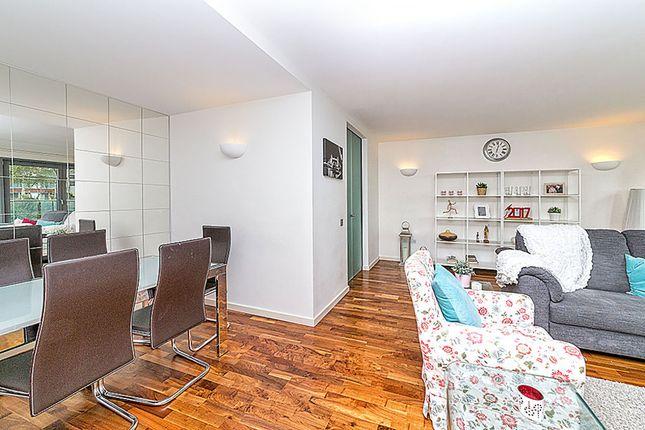 Thumbnail Flat to rent in Fairmont Avenue, London