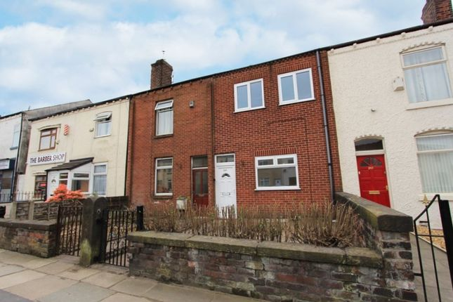 Thumbnail Terraced house to rent in Manchester Road, Manchester