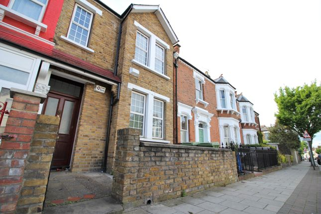 Thumbnail Flat to rent in Ivydale Road, Nunhead