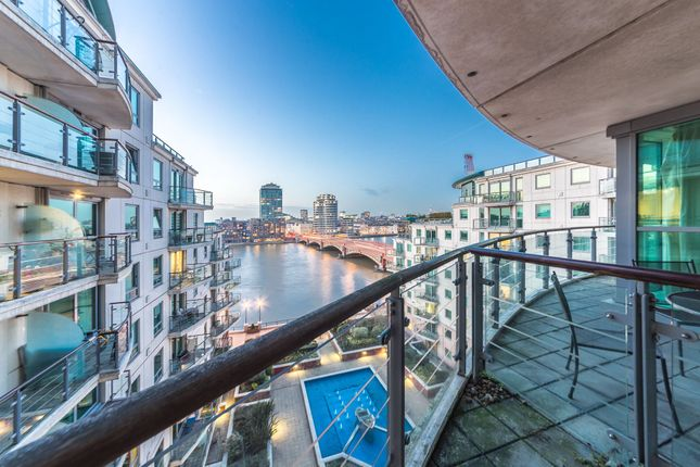 Thumbnail Flat to rent in Fountain House, 16 St. George Wharf, Vauxhall, London