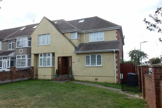 Thumbnail End terrace house to rent in Burns Avenue, Southall, Middlesex