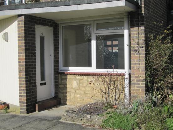 Thumbnail Flat to rent in Weyside South Street, Farnham, Surrey