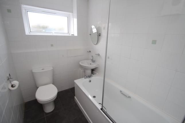 Bathroom of Glenacre Road, North Carbrain, Cumbernauld, North Lanarkshire G67