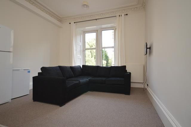 Thumbnail Flat to rent in East Mayfield, Edinburgh EH9,