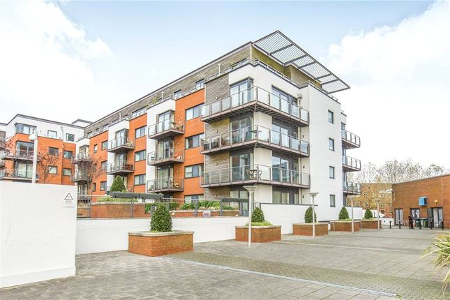 2 bedroom flat for sale in Mistral, 32 Channel Way, Southampton