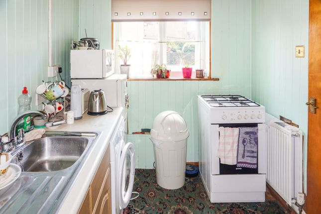 Kitchen of Wedgewood Road, Seaham SR7