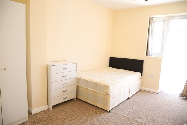 Thumbnail Room to rent in Townsend Road, Southall, Middlesex