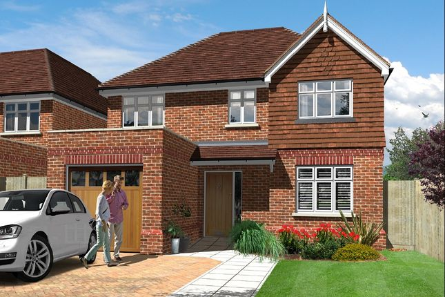 Thumbnail Detached house for sale in Ruxton Close, Coulsdon