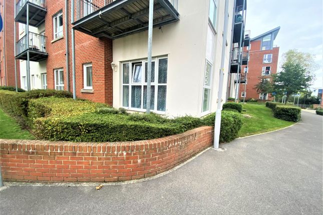 2 bed flat for sale in Avenel Way, Poole BH15