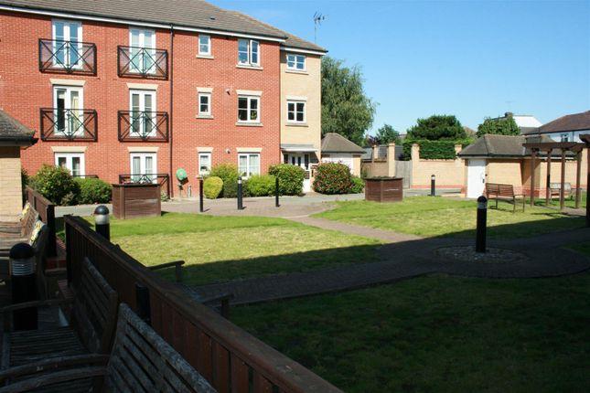 Img_6360 of Oakside Court, Fencepiece Road, Barkingside IG6