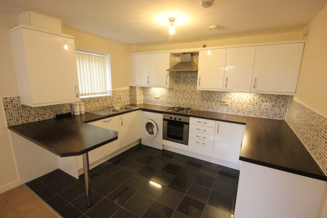 Thumbnail Flat to rent in Middlewood Road, Hillsborough, Sheffield