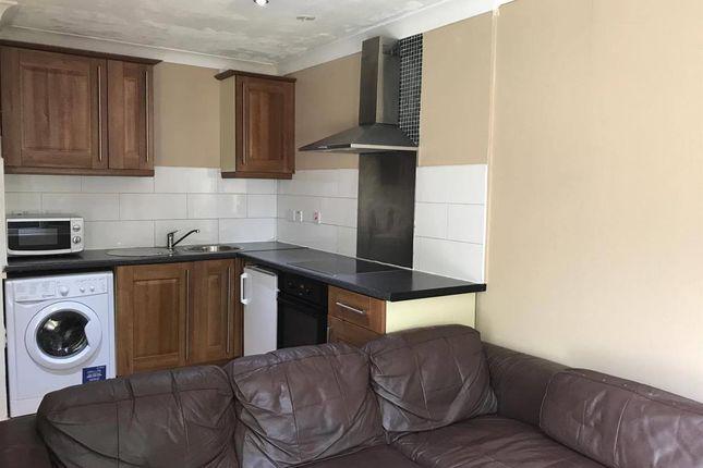 Thumbnail Property to rent in Belmont Road, Hemel Hempstead