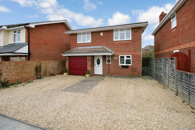 Thumbnail Detached house for sale in Fleet End Road, Warsash, Hampshire
