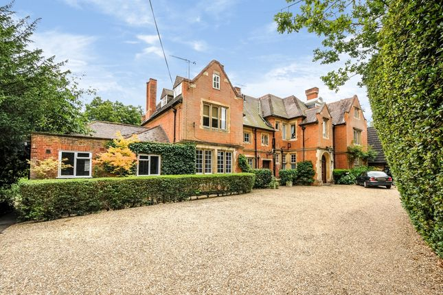 Thumbnail Flat to rent in Spring Grove, Charters Road, Ascot