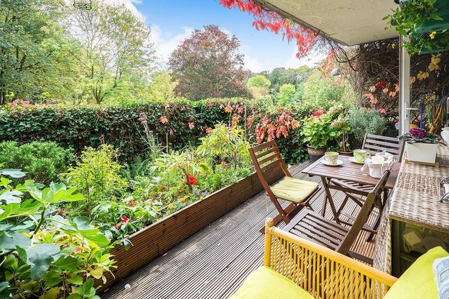 Thumbnail Flat for sale in Hulverston Close, Sutton