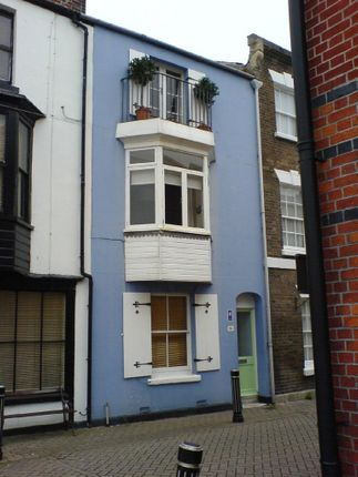 Thumbnail Flat to rent in Hope Street, Weymouth