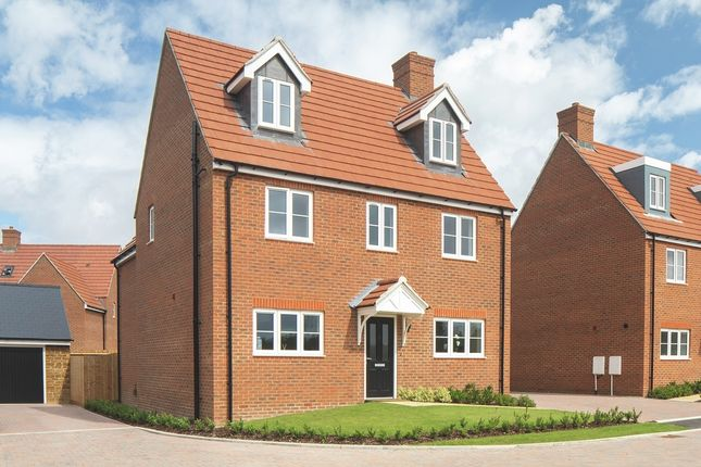 Thumbnail Detached house for sale in Oxford Road, Bodicote, Banbury
