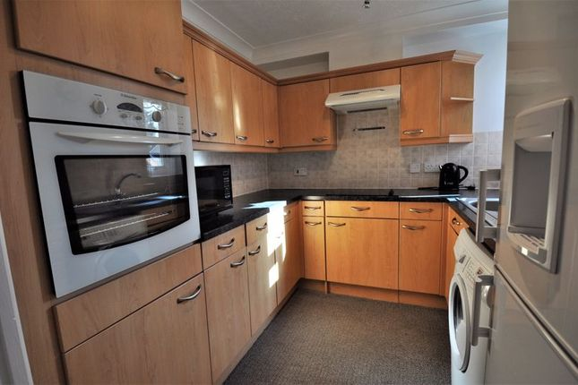 Kitchen of Lovell Court, Parkway, Holmes Chapel CW4