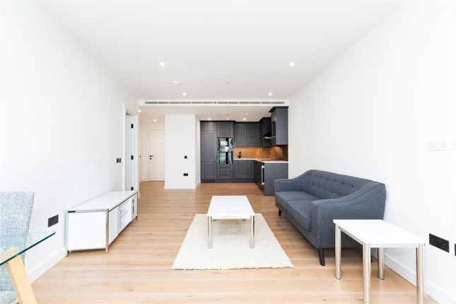 Thumbnail Flat to rent in Emery Way, London