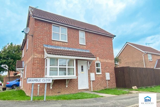 Front of Bramble Close, Hamilton LE5
