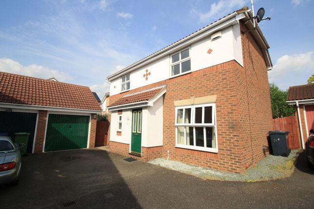 3 bed detached house to rent in Grifon Road, Chafford Hundred, Grays