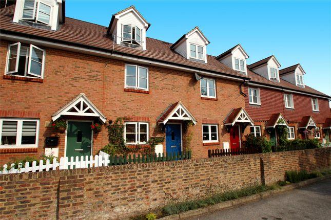 Thumbnail Terraced house for sale in Frant Field, Edenbridge