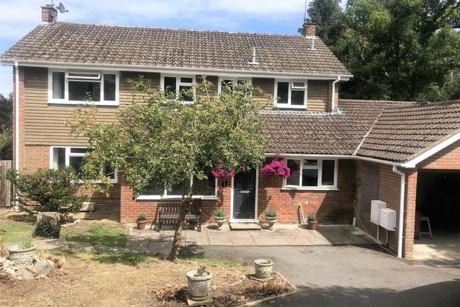 Thumbnail Detached house to rent in Longfield, Great Missenden