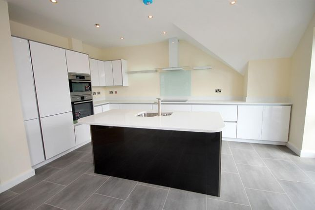 Thumbnail Flat for sale in Penthouse, 15, Leyland Gardens, Leyland Road, Southport