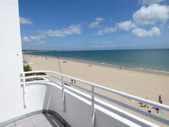 Thumbnail Flat to rent in Banks Road, Sandbanks