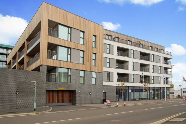 Thumbnail Flat for sale in Millbay Road, Stonehouse, Plymouth