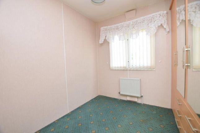 Picture No. 06 of Glenfield Way, Glenholt Park, Plymouth, Devon PL6