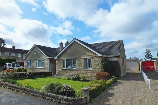 3 bed property to rent in Springfield Close, Trowbridge, Wiltshire