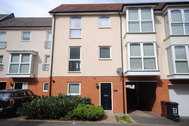 Thumbnail Town house for sale in Pearl Square, Chelmsford