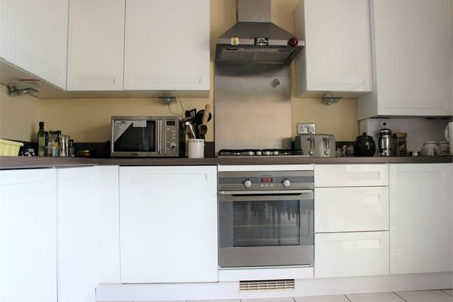 Thumbnail Flat to rent in Homefield Place, East Croydon, Surrey