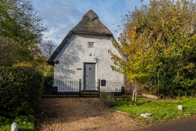 Thumbnail Cottage for sale in Church Lane, Kingston, Cambridge