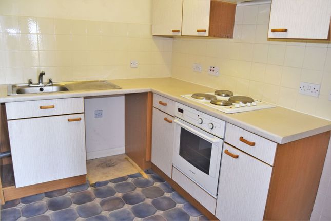 Kitchen of 397 High Street, Chatham ME4