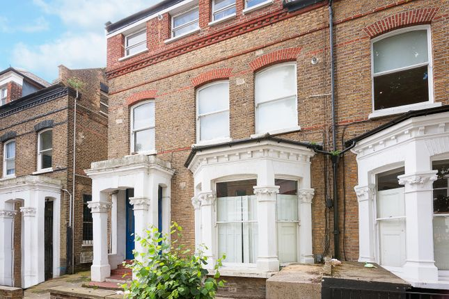 Thumbnail Flat to rent in Gloucester Drive, Finsbury Park, London