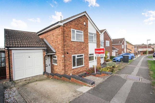 Thumbnail Detached house for sale in West Hill, Dunstable