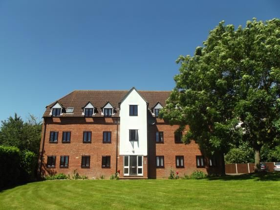Thumbnail Flat for sale in Mill Court, Braintree