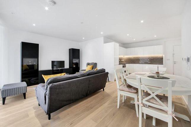 Thumbnail Flat to rent in Bonnet Street, London