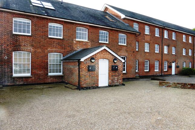 Thumbnail Flat to rent in West Street, Coggeshall, Colchester