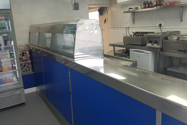 Thumbnail Leisure/hospitality for sale in Fish & Chips WF2, Kirkhamgate, West Yorkshire