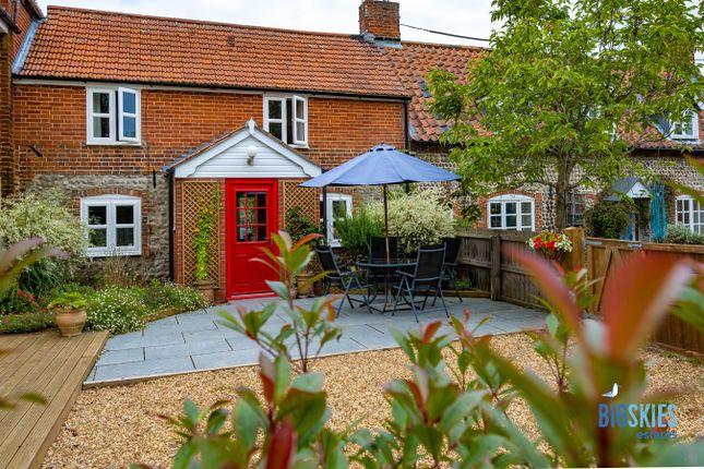 Thumbnail Cottage for sale in 31 Holt Road, Gresham