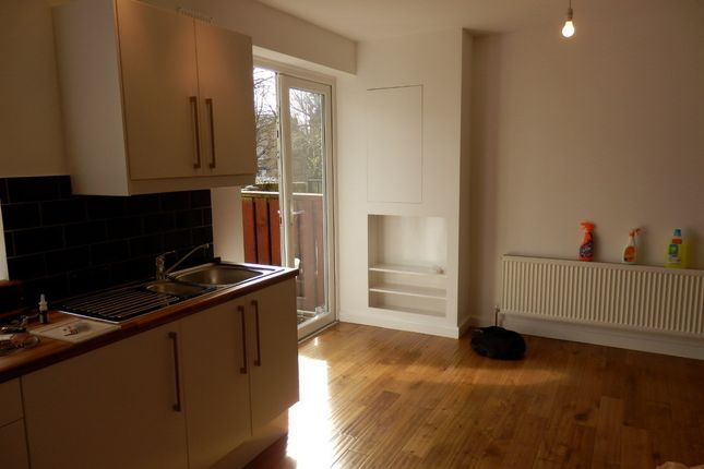 Thumbnail Semi-detached house to rent in Rosendale Road, London