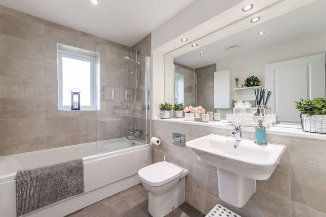 Bathroom of Stansfield Drive, Euxton PR7