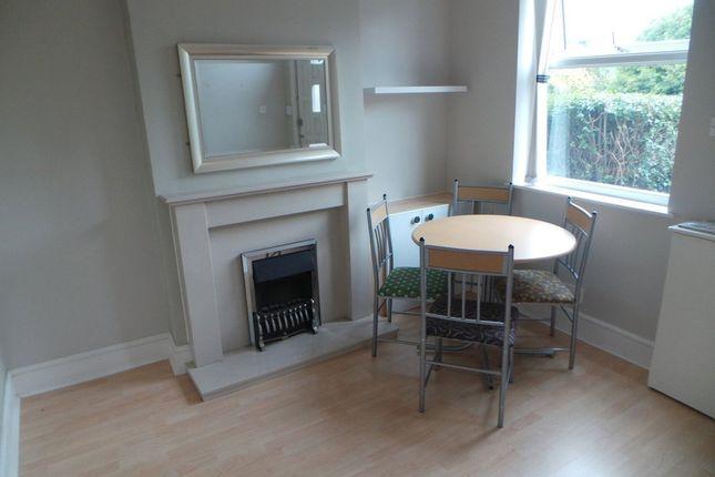 2 bed terraced house to rent in Werrington Road, Bucknall, Stoke-On-Trent