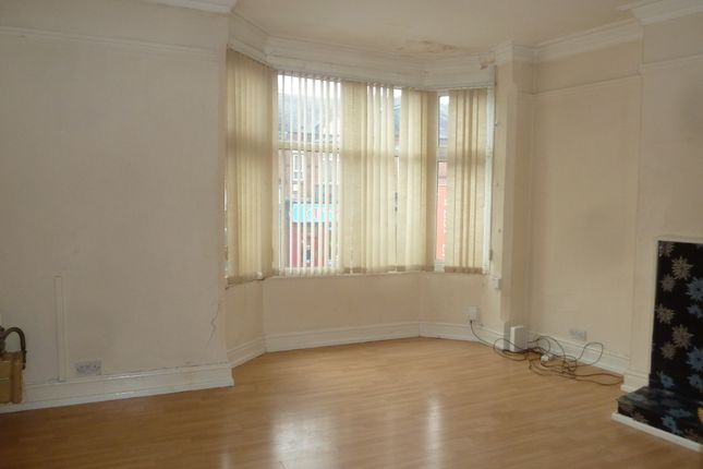 Thumbnail Duplex to rent in Narborough Road, West End, Leicester