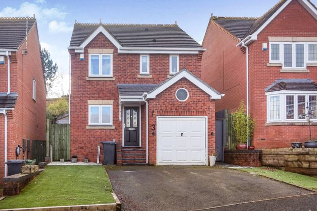 Front of Atworth Close, Redditch B98