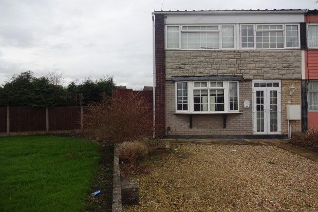 3 bed property to rent in Alamein Road, Willenhall WV13