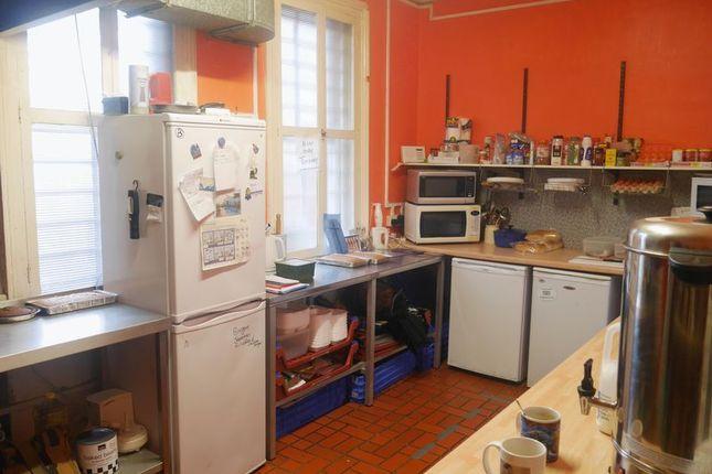 Photo 7 of Saffron Bakery, 178 Saltwell Road, Gateshead NE8
